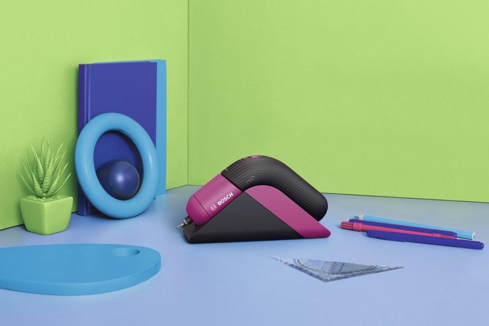 Bosch IXO VI Colour