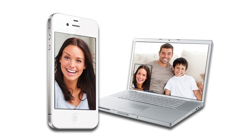 Как организовать видеоконференцию, если камеры и микрофона в компьютере нет?