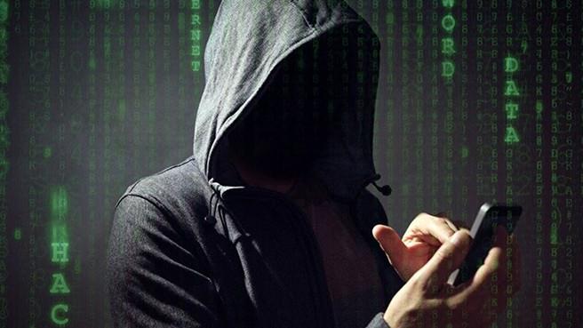 Аналитики рассказали, какой процент россиян сталкивается с телефонными спамерами и мошенниками