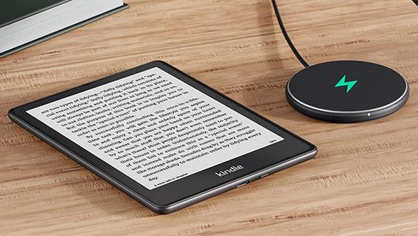 Amazon выпустила электронную книгу с поддержкой беспроводной зарядки