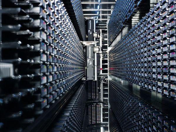 Эксперименты на Большом адронном коллайдере генерируют петабайт данных в секунду