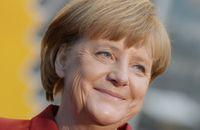 CEBIT: Ангела Меркель будет «секретничать» по BlackBerry Z10
