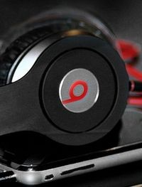 Apple покупает Beats Electronics за 3,2 млрд долл. Зачем?