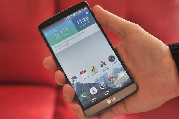 Motorola и LG борются за первенство установки Android 5.0 на смартфоны
