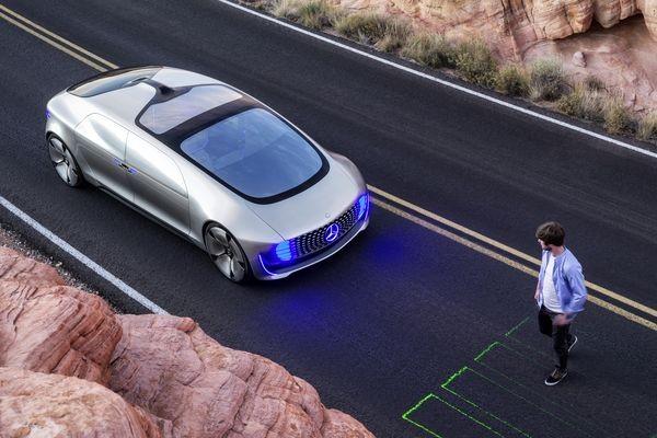CES: Концепт-кар Mercedes-Benz — самоуправляемый дом на колесах, работающий на водороде