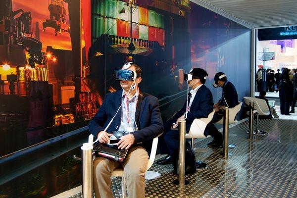 Google и Facebook вступили в борьбу за рынок виртуальной реальности
