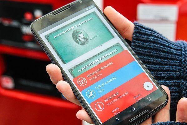 Google вводит в действие платежную систему Android Pay