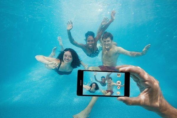 Sony: не пользуйтесь непромокаемыми смартфонами Xperia под водой