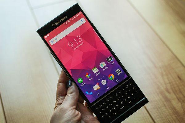 Начались продажи первого смартфона BlackBerry на Android