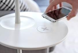 В магазинах ИКЕА начинаются продажи мебели со встроенной беспроводной зарядкой