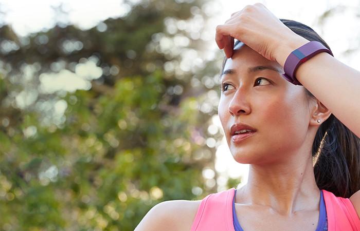 Фитнес-браслет впервые спас жизнь человеку
