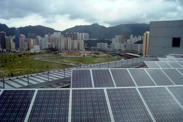 Графеновый фотоэлемент превращает в электричество энергию солнца и... дождя