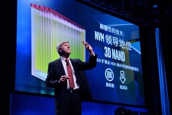 В Intel обещают оснастить серверы флеш-накопителями емкостью в петабайт