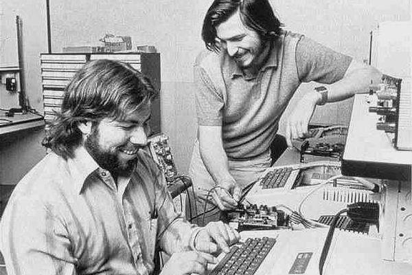 Стив Возняк Успех пришел к Apple потому что Джобс не был инженером