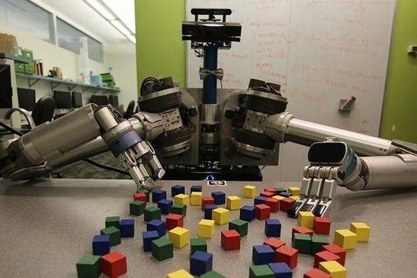 Робот удивил своих создателей творческим подходом