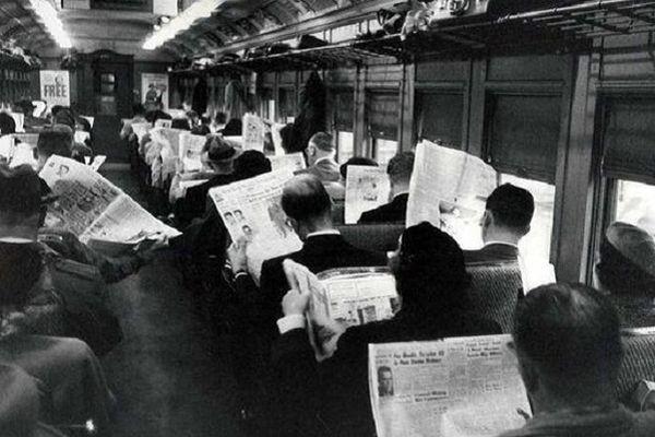 Социальные сети отбирают хлеб у газет