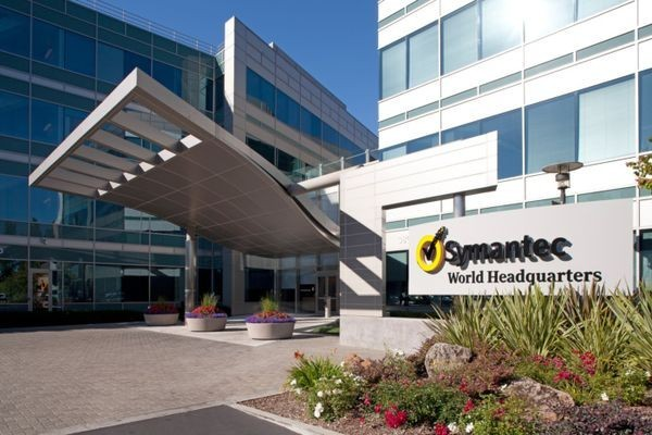 Symantec приобретает LifeLock за2,3млрддолл.