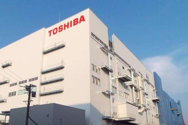 Toshiba займется производством полупроводников