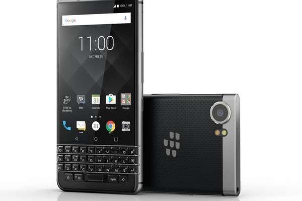 BlackBerry представила смартфон KEYone