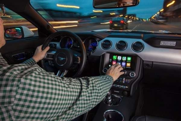Руководитель Apple разъяснил отсутствие инноваций укомпании