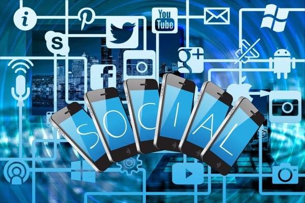 В Госдуме предлагают блокировать соцсети и мессенджеры за фальшивые новости