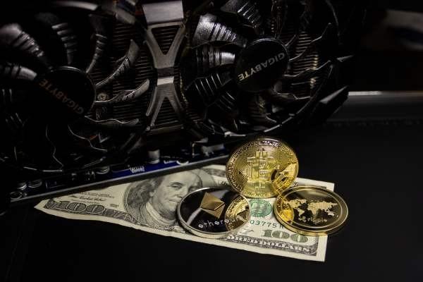 Криптовалютный рынок потерял 20 миллиардов долларов за несколько часов