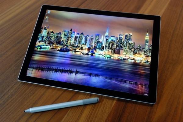 Слух: Microsoft может выпустить дешевую модель планшета Surface
