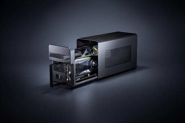 Razer Core X превращает скромные ноутбуки в мощные игровые системы