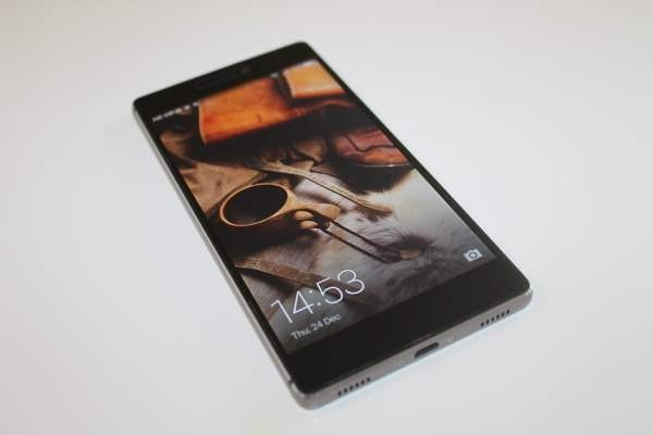 Магазин Tmail будет торговать в РФ мобильные телефоны Huawei