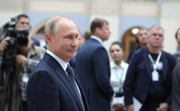 Президент РФ подписал закон о штрафах за ссылки на запрещенные сайты