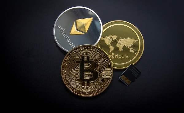 Законы о криптовалютах и краудфандинге откладываются до осени