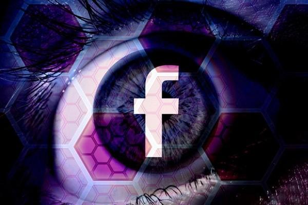 Facebook уговаривает банки поделиться информацией с соцсетью