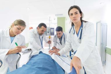 Смертность при инфаркте может зависеть от пола врача
