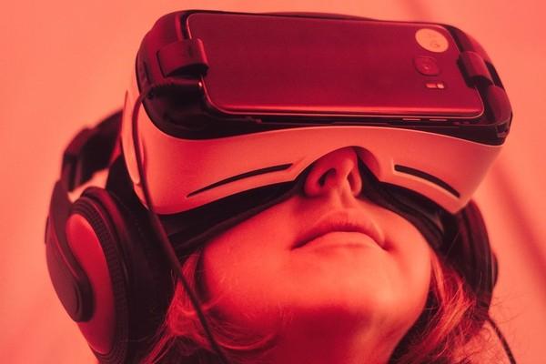 IDC: приложения делового назначения для AR-шлемов медленно набирают популярность