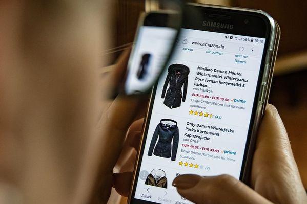 «Лаборатория Касперского»: клиенты интернет-магазинов больше подвержены атакам хакеров во время скидок