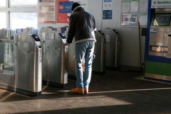 В Москве тестируют оплату проезда в электричке через распознавание лиц