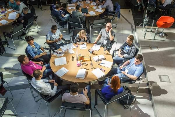 400 тысяч россиян приняли участие в «Бизнес классе» Сбербанка и Google