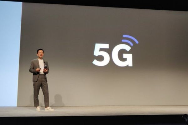 Директор OnePlus: телефоны 5G будут дороже на 300 долларов