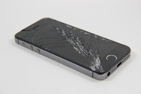 В салонах «Билайн» можно обменять разбитые смартфоны на новые с доплатой
