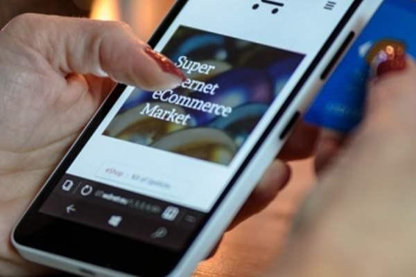 Сбербанк и Mastercard запустили бесконтактную оплату через смартфон в одно касание