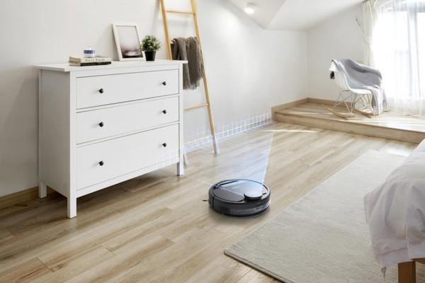 CES: Умный робот-пылесос узнает вещи, разбросанные по полу