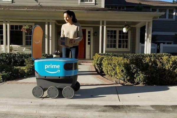 В Amazon испытывают роботов-курьеров