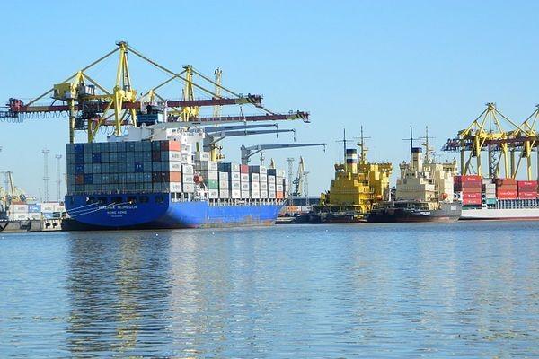 Россия может подключиться к блокчейн-системе морских грузоперевозок