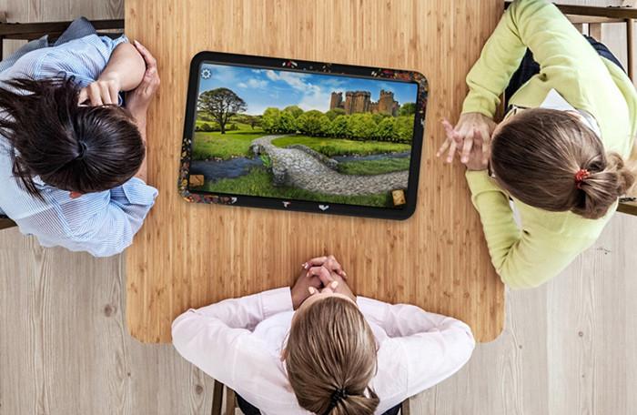 Огромный 21,5-дюймовый планшет создан специально для любителей настольных игр