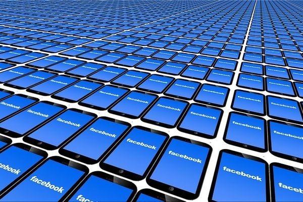 У Facebook есть девять месяцев на выполнение требований Роскомнадзора