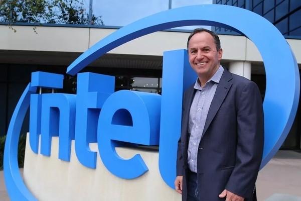 Генеральный директор Intel пообещал, что дефицита процессоров больше не случится
