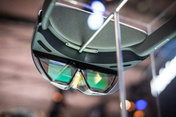 Microsoft выпускает набор для разработчиков HoloLens 2