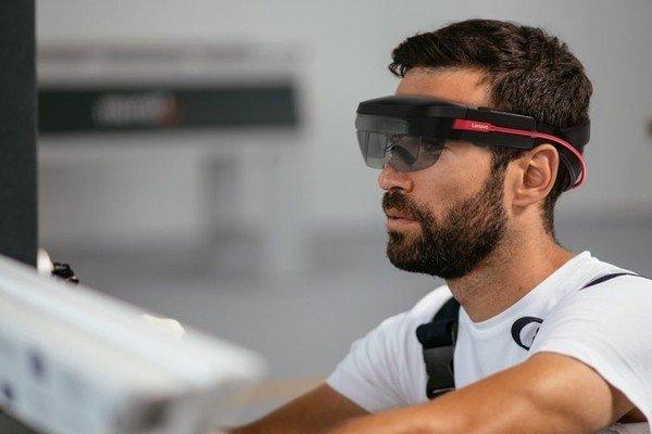 Lenovo выпускает шлем дополненной реальности корпоративного класса