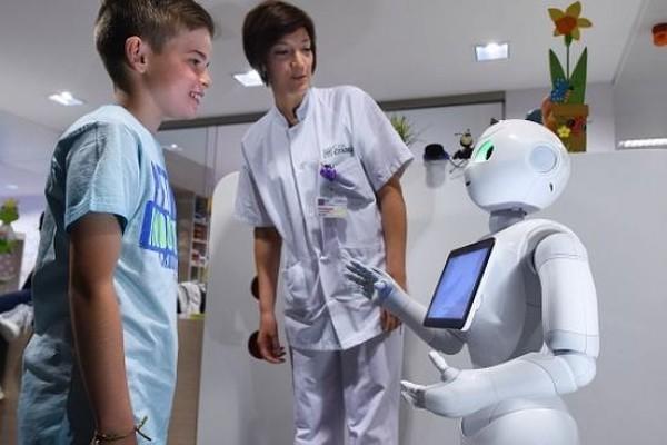 Исследователи-медики призывают к широким испытаниям социальных роботов