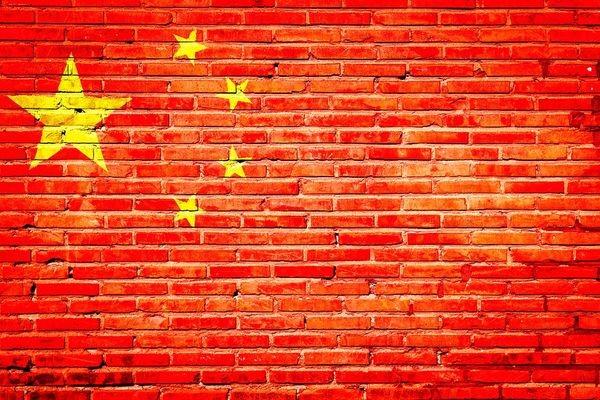 Пекин угрожает ответными мерами ИТ-компаниям, соблюдающим американские санкции